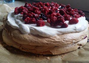 przepis na tort bezowy